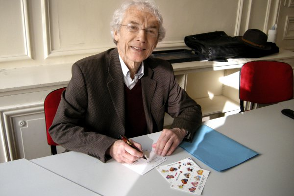"<p>""It's a cultural achievement to promote writing by hand,"" says Bernard Bouvet, chairman of the French Union Professionnelle de la <em>Carte Postale<strong> (</strong></em>UPCP). © Iggesund</p>"