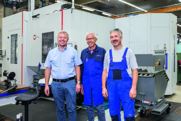 <p> Axel Spadinger, Head of Tool Engineering &amp; Making, Hans Brühl, Part Production and Tooling Technician, and Günter Schulz, machine operator, all from the tool and mould making division of WMF Group GmbH in Geislingen/Steige                   </p>